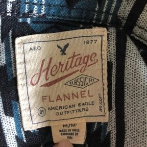 American Eagle Outfitters Shirts - American Eagle Outfitters Aztec print flannel